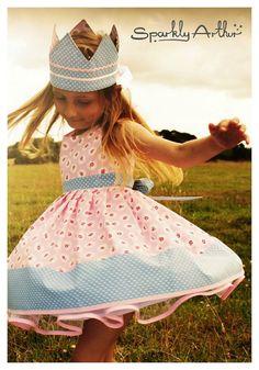 Vintage inspired Tea Party dress by SparklyArthur on Etsy