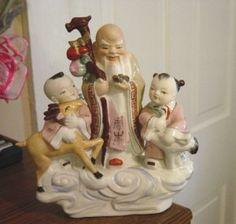 Porcelain Chinese Asian Japanese Family Figurine  #300893