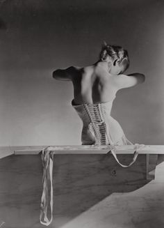 Corset by Detolle for Mainbocher, 1939 © Conde Nast, Horst Estate.jpg