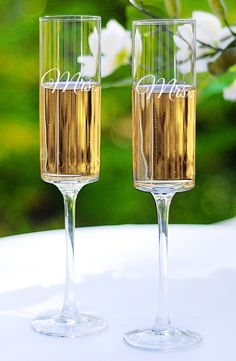 Perfect flutes for sipping champagne on Valentine's Day. Clink! Clink!
