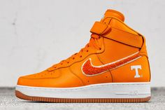 Nike iD Adds College Basketball Team Options for March Madness - EU Kicks: Sneaker Magazine