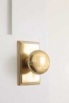 Vintage Passage Set Door Knobs Crackle Finish Weiser Antique Brass