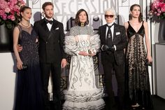 Beatrice Borromeo, Pierre Casiraghi, Caroline von Hannover, Karl Lagerfeld und Charlotte Casiraghi beim Rosenball 2017