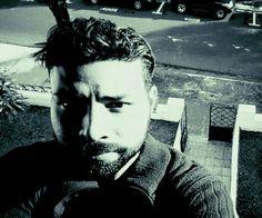 Práctica fotográfica- auto retrato  Greivin Chavarria Bolaños  San Isidro de Heredia, Costa Rica  2015  greivinchavarria@gmail.com