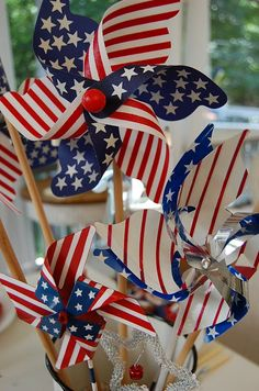 Great center piece for a 4th of July picnic table decorating