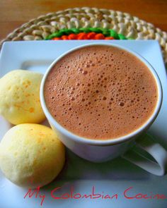 Chocolate en Leche de Coco or Chocolate in Coconut Milk Colombian Drinks, Colombian Dishes, Colombian Cuisine, Colombian Recipes, Cuban Recipes, Colombian Breakfast, Good Food, Yummy Food, Latin Food
