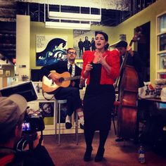 Was just serenaded by the AMAZING #CaroEmerald.