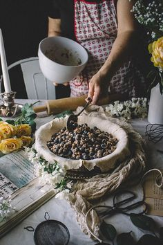 Blueberry Pie with a Brown Butter Crumble & Lavender Lemon No-Churn Ic | TermiNatetor Kitchen | A food and photography blog