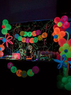 Party Designs by Jax Glow Time Samara Birthday Party Balloon Decor balloon birthday decor designs party samara new Neon Birthday, 13th Birthday Parties, Birthday Party For Teens, Birthday Party Celebration, Birthday Balloons, 11th Birthday, Birthday Ideas, Glow Party Decorations, Birthday Party Decorations