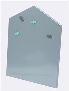 En forme de maison, cette grande plaque magnétique s'accroche au mur pour y aimanter photos, cartes postales, mémos... Détails6 aimants nuage (2 noirs