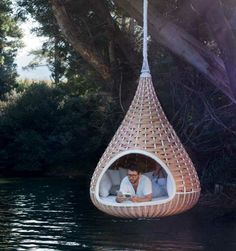 Cool concept but how do you get in it without getting wet???
