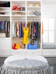 i like the use of space and the hooks on shelf that allow to display favorite item of the moment (yellow dress in front)