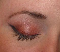 3/25/12 – FOTD: Sweet Libertine's She's a Diva Eyeshadow Gift Set