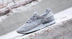 Asics Gel Lyte V light grey Asics Gel Lyte, Sneaker Boots, Shoe Boots, Shoes, Nike Huarache, Street Wear, Footwear, Sneakers Nike, Grey