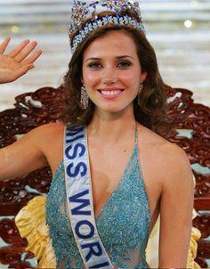 Maju Mantilla peruvian beauty contest winner Miss World 2005