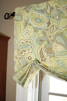 Valance You are going to buy this? Valance 8 Ways to Dress Up the Kitchen Window {without using a curtain} The Easiest No-Sew Window Treatments No Sew Curtains, Valance Curtains, Bedroom Curtains, Green Curtains, Curtains Living, Office Curtains, Roman Curtains, Patterned Curtains, French Curtains