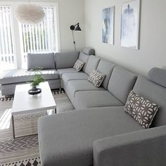 Minimalist Living Room Ideas - Find your favored Minimalist living-room images below. Browse through photos of inspiring Minimalist living-room layout suggestions to produce your ideal home. Living Room Sofa Design, Living Room Color Schemes, Home Living Room, Living Room Designs, Living Room Decor, Living Area, Small Living, Cozy Living, Modern Living