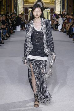 Balmain Spring 2018 Ready-to-Wear  Fashion Show Collection
