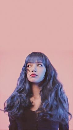 Jennie Lisa, Blackpink Lisa, Lovable Images, Wallpaper Backgrounds, Wallpapers, Blackpink Members, Kpop Couples, Asian Love, Blackpink Video