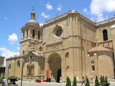 Resultados de la Búsqueda de imágenes de Google de http://upload.wikimedia.org/wikipedia/commons/d/dc/Catedral_de_Ciudad_Rodrigo