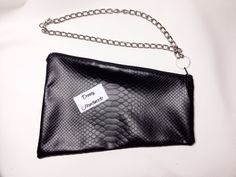 #clutch #fauxleather# leather #stitching #casual #glamour #fashionaccessories Clutch Pelle Pitonata con catena  di Denny HandMade su DaWanda.com