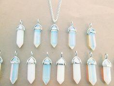 Abstand UNVOLLKOMMENER Opal Halskette Opalite Kristall von qwelqwel