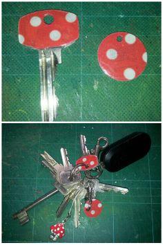 Altered key and coin. Polkadots red, diy, May 2014