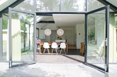 Aluminium kozijnen brede dubbele deur Modern Minimalist, Ramen, Modern Contemporary, Outdoor Gardens, My House, Beautiful Homes, New Homes, Exterior, Windows