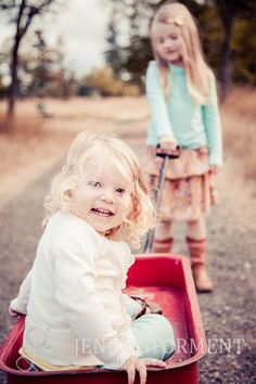 kids portraits, kids in red wagon, fall portraits, family photos, Tacoma Photographer, Fort Steilacoom Park :: Jenny Storment Photography