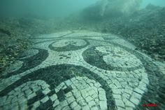 ANCIENT BAIAE -an elite resort Late Roman Empire - mosaic submerged by volcanic activity