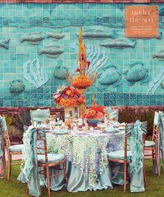Teal under the sea wedding table linens. @sondraburnham - check out the table cloth,looks like a mermaid