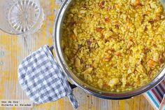 Arroz con pollo al azafrán    http://www.directoalpaladar.com/recetas-de-arroces/arroz-con-pollo-al-azafran-receta