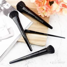 """@biscuitsnmakeup: """"Furless brushes should be in everyone's collection! They're high quality, animal cruelty free and gentle on the skin! What more could you ask for?"""" Shop USA: http://furlesscosmetics.com/ Shop Australia: http://furlesscosmetics.com.au/ Shop NZ: http://furlesscosmetics.nz/"""