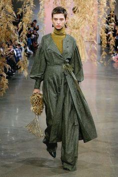 Ulla Johnson Fall 2018 Model: Mona Matsuoka http://ift.tt/2H2FMQ1