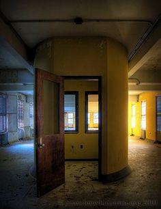 Abandoned Ridgetop State Hospital - Matthew Christopher's Abandoned America