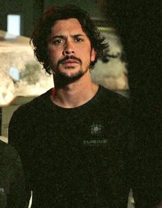 Bellamy Blake my all time favourite character comment if u agree<<yeh Eliza Taylor, Bellarke, The Cw, Bellamy The 100, The 100 Quotes, The 100 Cast, Bob Morley, Netflix, The Hundreds