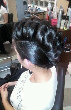 Brazilian Hair from: $29/bundle www.sinavirginhai... indian,peruvian,malaysian,brazilian human hair,lace closure,silk base closure,deep curly wave,body wave,loose wave,straight hair weaves extensions sinavirginhair@gm... WhatsApp:+8613055799495