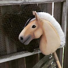 Hobbyhorse by Eponi: www.eponi.fi