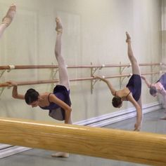lasylphidedubolchoi: Vaganova Ballet Academy Photo via Ksenia Zhiganshina's… Ballet School, Ballet Class, Ballet Dancers, Ballet Barre, Dance Photos, Dance Pictures, Photos Du, Dance It Out, Just Dance