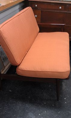 Mid Century Modern Love seat $395 - Chicago http://furnishly.com/catalog/product/view/id/2002/s/mid-century-modern-love-seat/