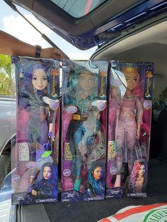 Descendants 28 Inch Dolls on Mercari Disney Barbie Dolls, Barbie Go, Little Girl Toys, Toys For Girls, American Girl Doll Movies, Cute Apple Watch Bands, Disney Descendants Dolls, Kids Couch, Dreamworks