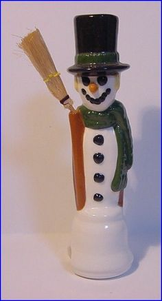 CH Pie Bird Funnel Vent * 2 pc. SNOWMAN with broom