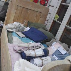 """23 likerklikk, 1 kommentarer – Godull (@godull_godlin) på Instagram: """"Sommarshopping på Eid🌼 #levlandlig"""" Linen Towels, Home Textile, Linen Bedding, Eid, Instagram, Linen Sheets, Bedding, Bed Linens"""