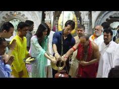Tiger Shroff & Kriti Sanon @ Babulnath temple for Heropanti.