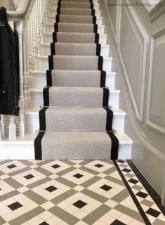 33 Awesome Painted Stairs Ideas To Beautify Your Interior - Painting a stairway will not only decorate the appearance of the stairs but will also enhance the appearance of your entire house. In case you are loo. Hall Tiles, Tiled Hallway, Hallway Flooring, Modern Hallway, Hallway Ideas Entrance Narrow, Stairs And Hallway Ideas, Entryway Stairs, Tile Stairs, Entry Hallway