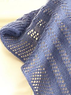 Ravelry: Easy Peazy Scarf/Shawlette pattern by Megan Delorme