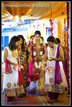 here come the bride in her 2nd saree