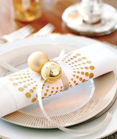 Gold and silver Christmas balls napkin ring - for New Year's and holiday parties