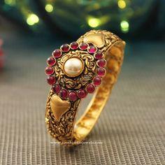 22K Gold Antique Kada Bangle, New Gold Kada Bangle Designs, Antique Kada Bangle New Designs.