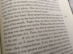 Saphira's memory of Brom. When she showed Eragon it in Brisingr page 623 <--- When I realized this, my soul and heart hurt Book Qoutes, Author Quotes, Movie Quotes, Awesome Quotes, Great Quotes, Murtagh Eragon, Eragon Quotes, Eragon Movie, Inheritance Cycle